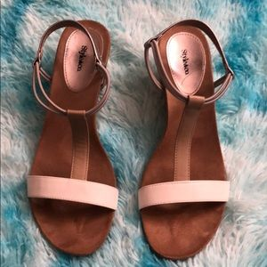 Style & Co beautiful sandals Size 8